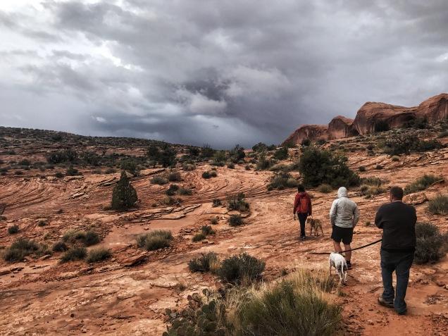 Hike to Corona Arch